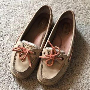 Tan/Coral plaid Sperry Docksiders
